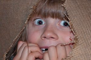 visage enfants peur les devoirs